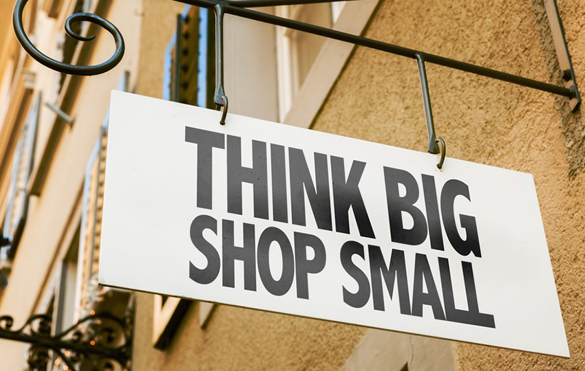 Can small SMEs develop, grow and internationalize?