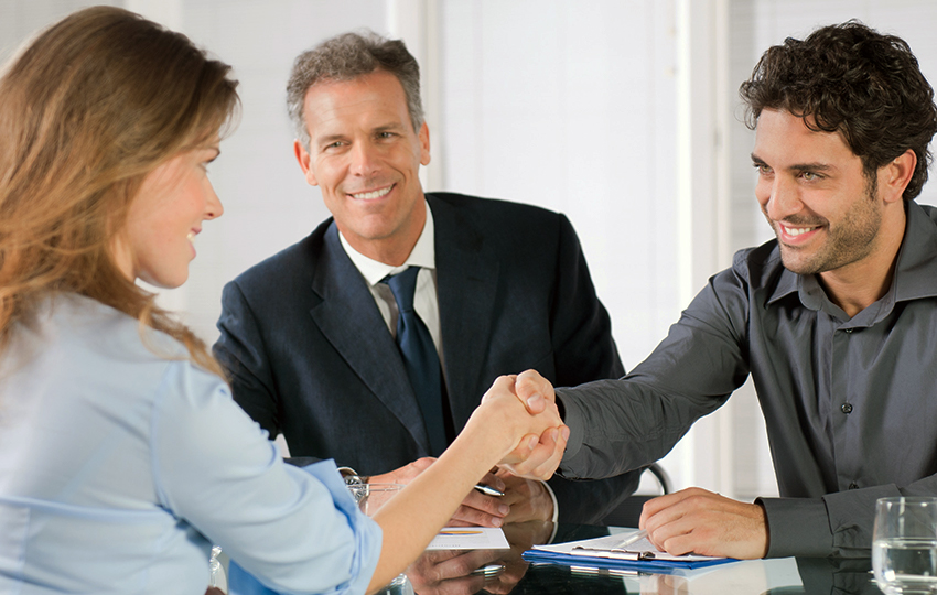 Tips to conduct successful interviews and hire the right people for your company